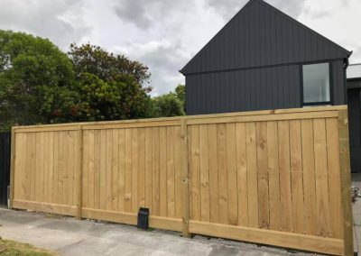 willow-landscapes-stylish-front-fence-carl-gildea-landscaping-christchurch
